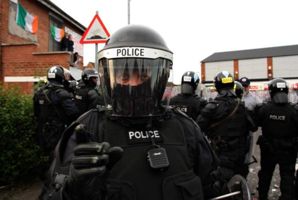 Police attack Irish youth in the Short Strand of Belfast (photo courtesy of éirígí).